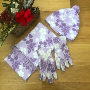 Old Navy Purple & White Floral Hat, Scarf, Gloves